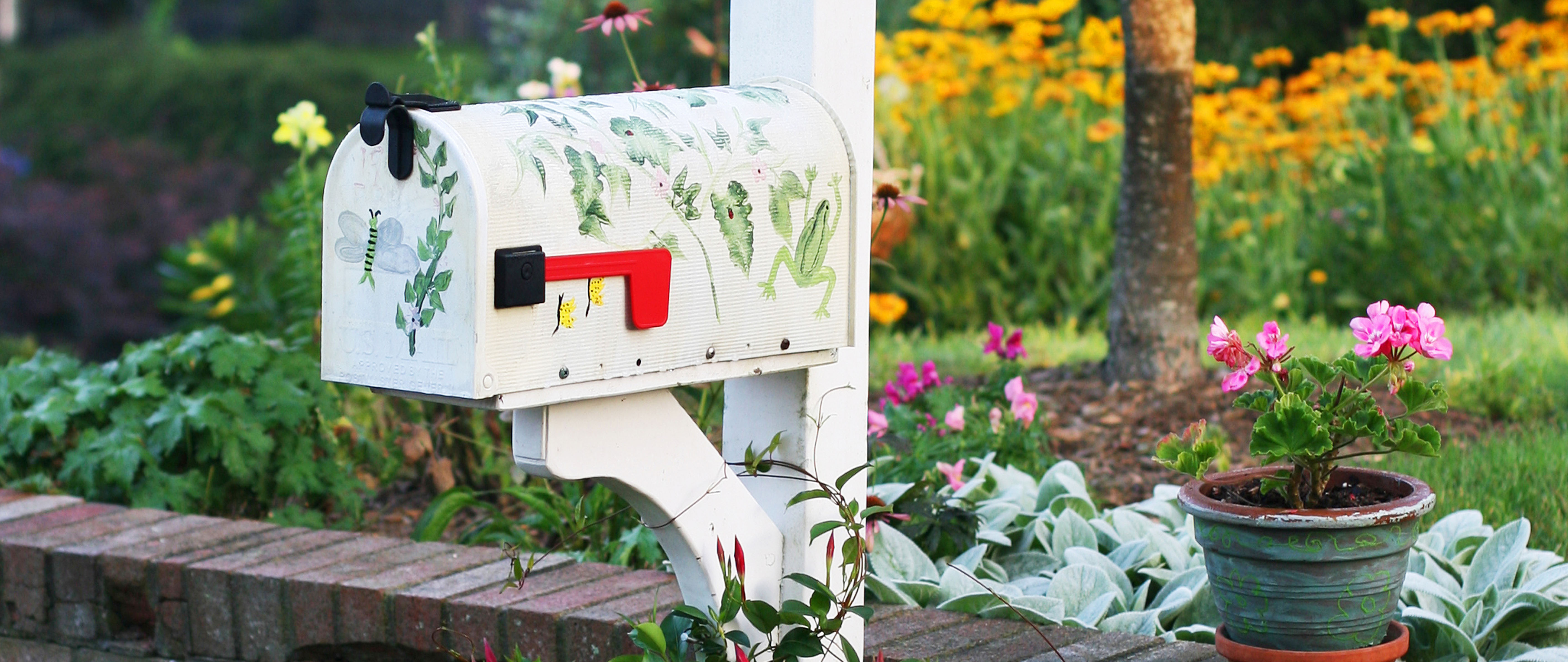 Creating A Mailbox Garden Is A Simple Way To Add Some Curb Appeal To Your  Home. Whether You Use Colorful Perennials Or Evergreen Plants, You Can  Create A ...